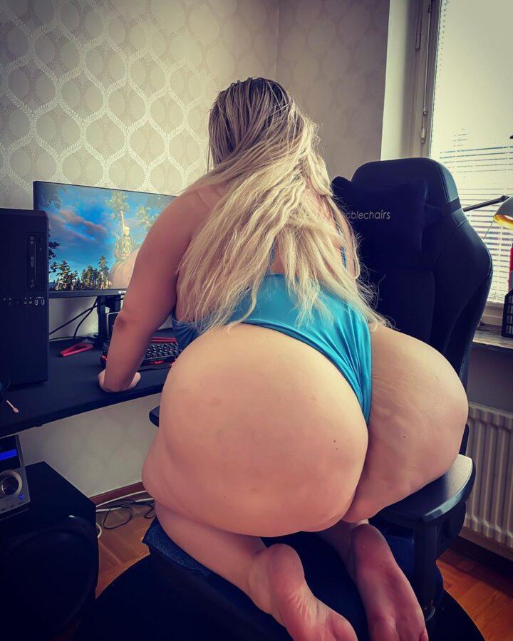 big booty bbw blonde
