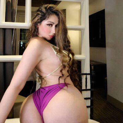 Juicy Ass Belly Dancer